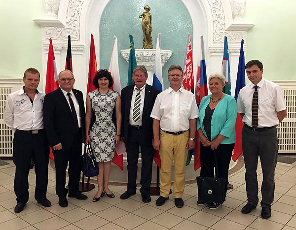 F�r Gespr�che nach Russland - Wirtschaftsdelegation folgt Einladung nach Omsk