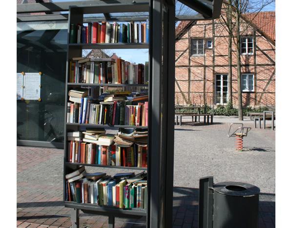 Bald öffentliches Bücherregal in Barleben