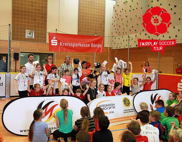 Mittellandhalle in Barleben ist Fußballmekka für 400 Schüler