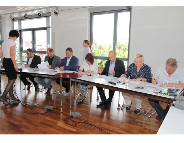 Zentrale Vergabestelle künftig für acht Partner zuständig