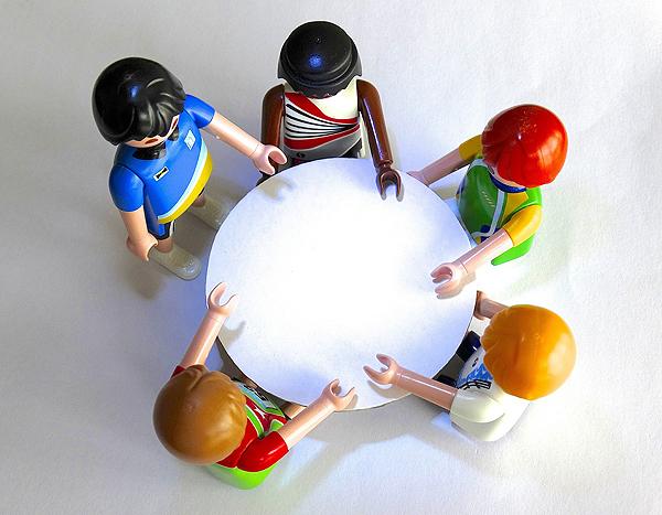 Playmobilfiguren Gemeinsam Zusammen Reden Ideen