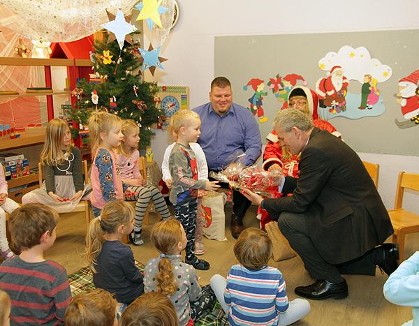 Minister Kindergarten Geschenk