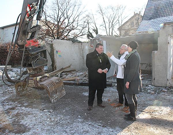 Baustart Kita Meitzendorf Garagenabriss