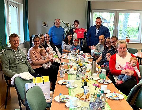 Babybegrüßung in Meitzendorf - Bürgermeister trifft junge Familien