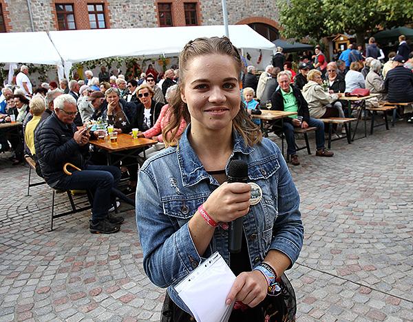 Tag der Regionen Moderatorin Annika Gensecke