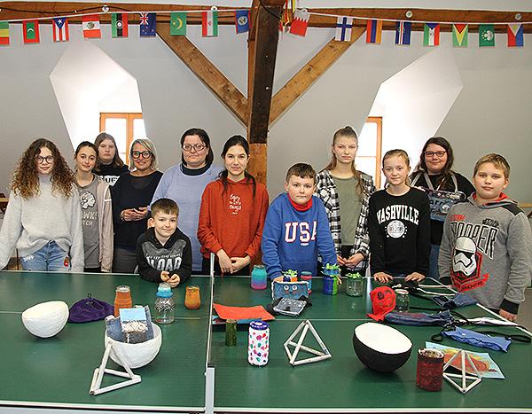 Ferienkinder lassen beim »Upcycling«-Workshop Neues entstehen