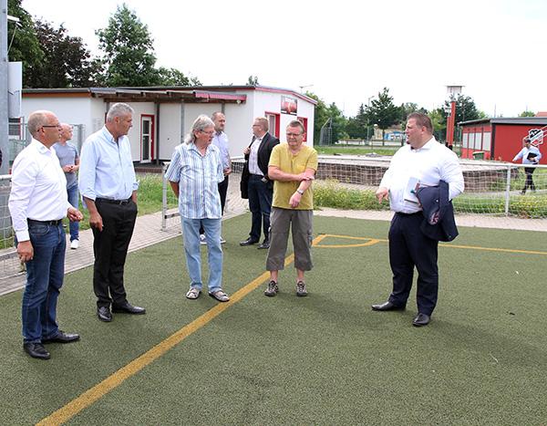 Dialogtour führt Innenminister in die Gemeinde Barleben