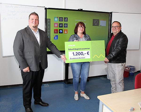 Avacon Spendenscheck Grundschule