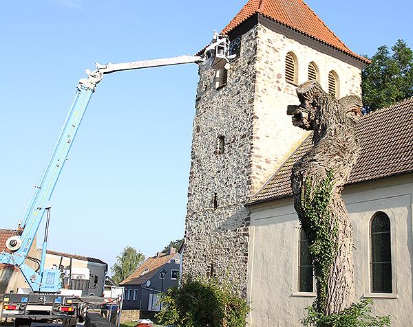 Kirchturmuhr Ebendorf Montage Hubsteiger